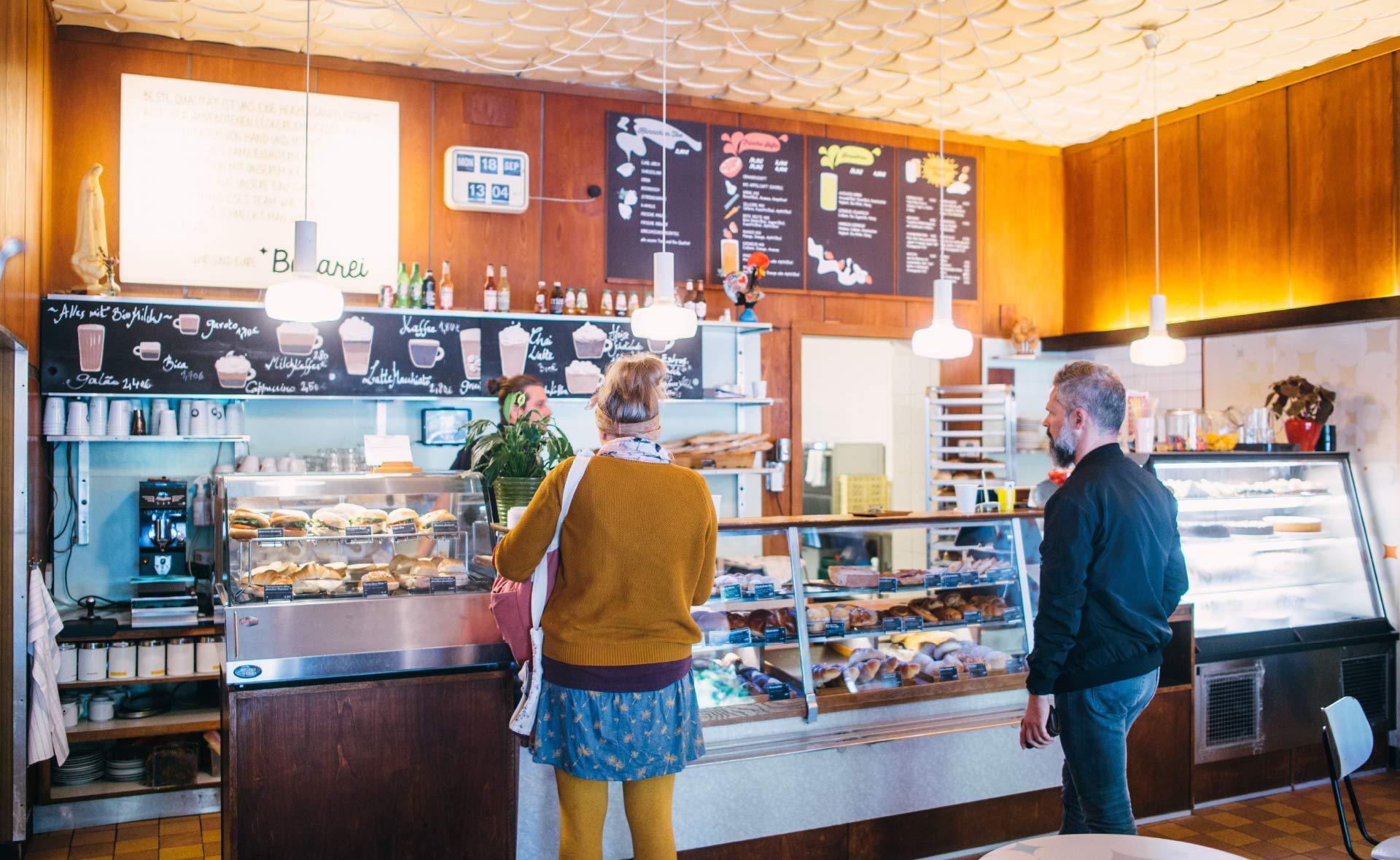 Besuche uns im Café Bekarei