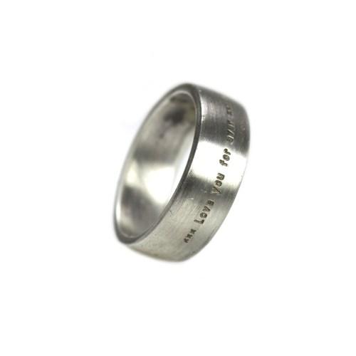 Ring Custom made – met uw tekst – Geborsteld Sterling Zilver