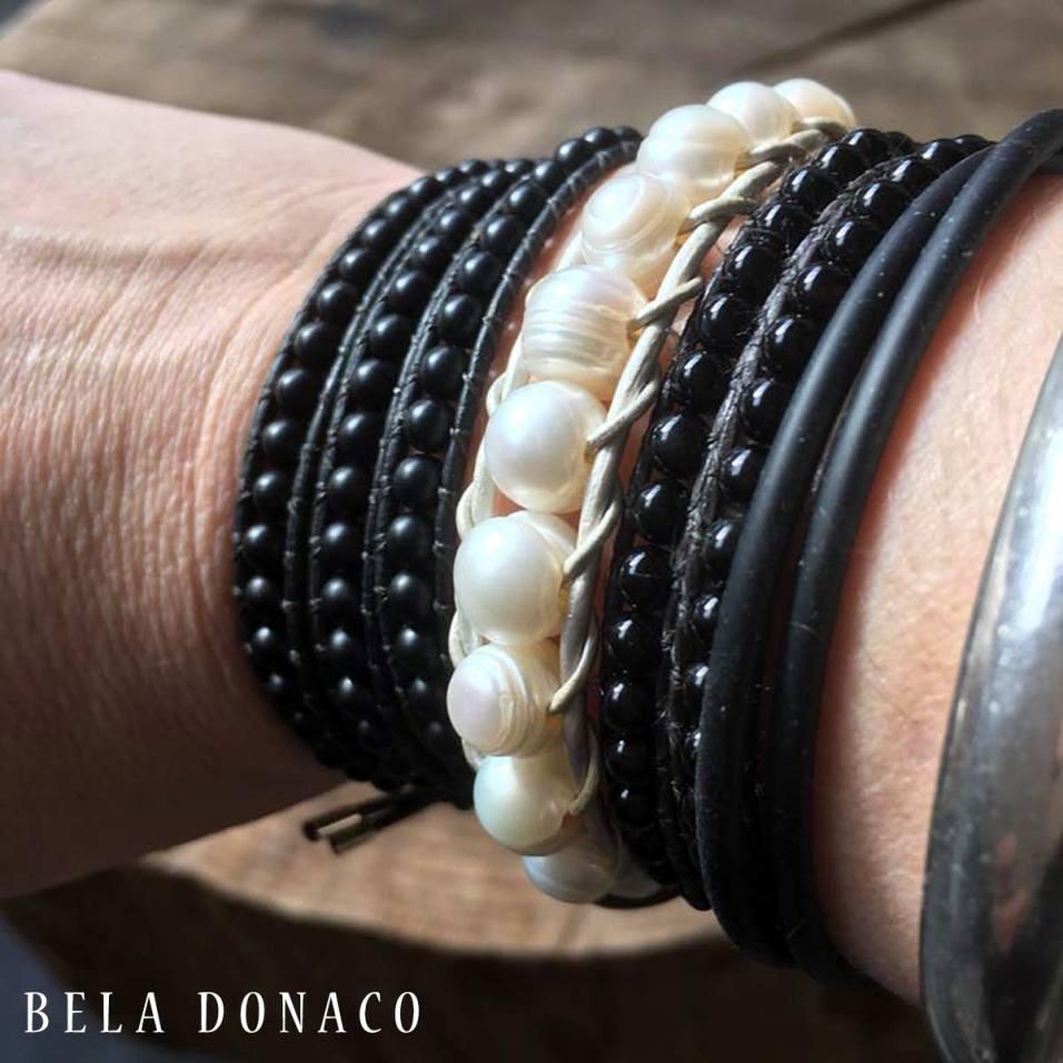 Combinatie van Parels en Onyx armbanden