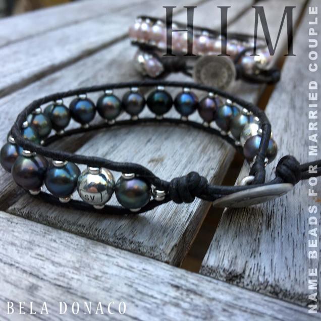 Armbanden met naamkralen