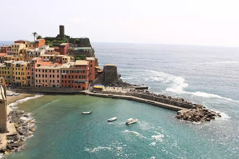 Vernazza, where to stay in cinque terre, best place to stay in cinque terre