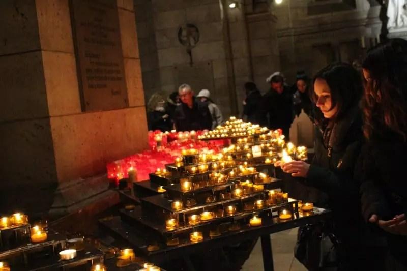 Sacré Cœur Basilica inside light candle, paris arrondissements map, best places to visit in paris