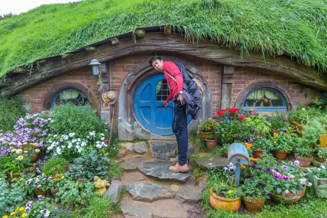 Hobbiton Movie Set Tour Lord of The Rings Matamata entr