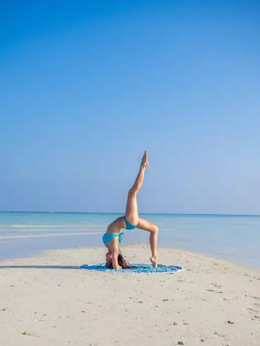 Maldives COMO Hotel Cocoa Island yoga