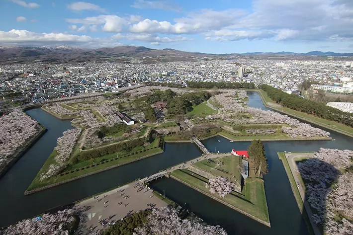 hakodate fort goryokaku park, hakodate itinerary, things to do in hakodate, what to do in hakodate, hakodate must eat