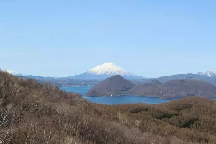 lake toya mount usu view