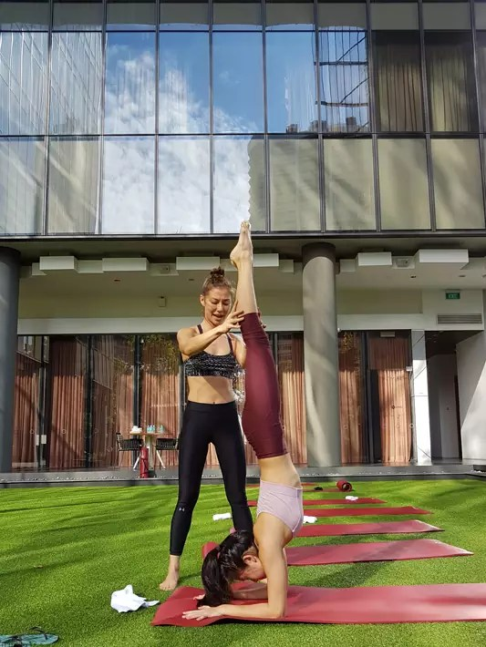 oasia hotel downtown yoga-denise-keller-health-wellness-1
