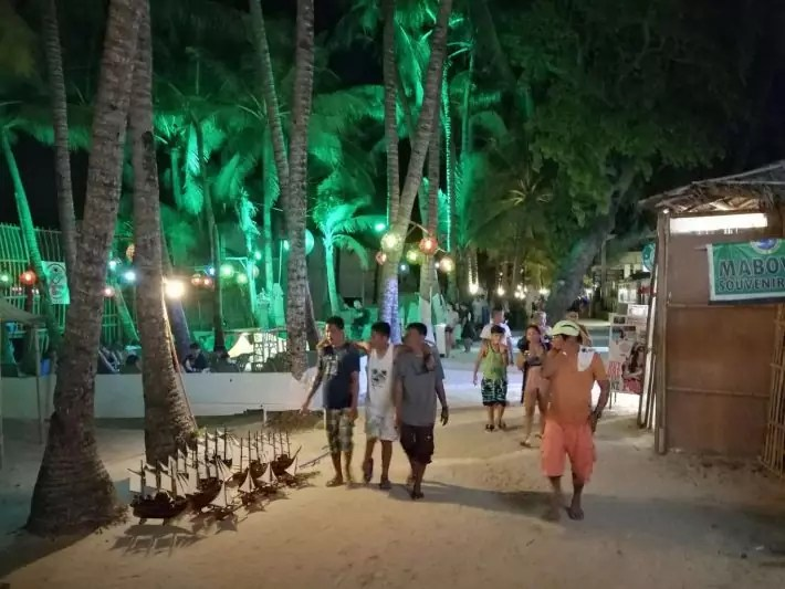 Boracay night lights dinner