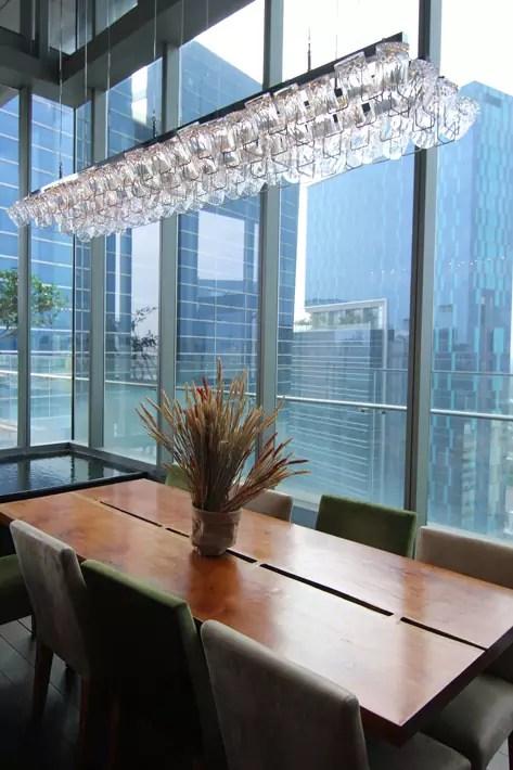 the-living-room-club-lounge-1