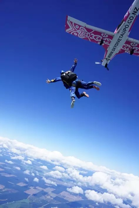jump skydive taupo new zealand