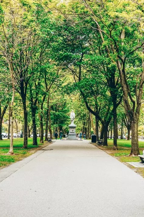 Commonwealth Avenue Mall Park, Back Bay, 2 Days in Boston, weekend in Boston itinerary