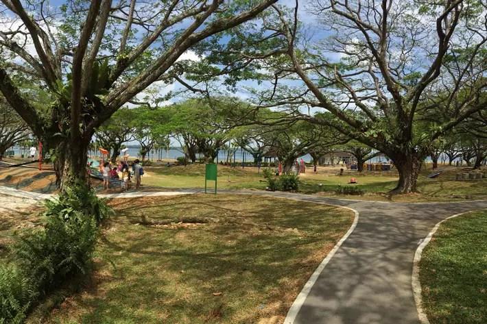 pasir-ris-park-singapore-bbq-