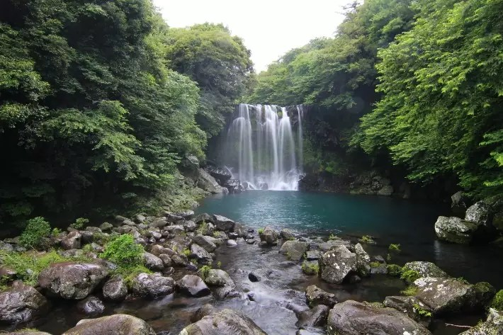 Cheonjeyeon Falls (천제연 폭포) , things to do in jeju island; what to do in jeju island, jeju island attractions