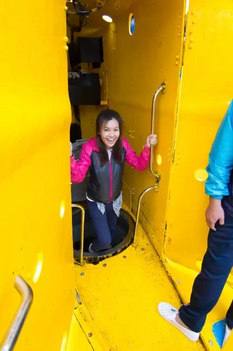 Seogwipo Submarine enter , things to do in jeju island; what to do in jeju island, jeju island attractions