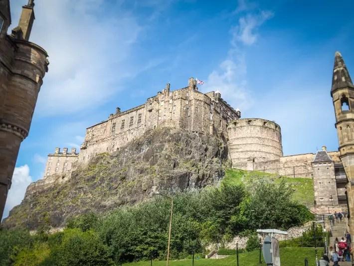 edinburgh castle, scotland itinerary