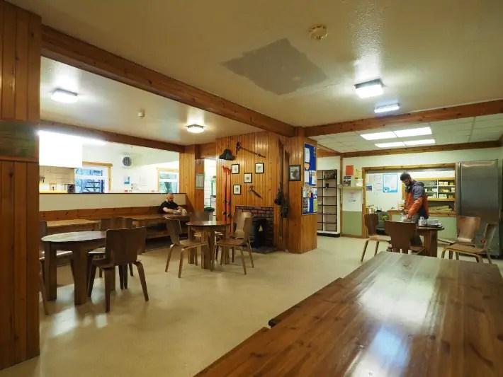 glencoe hostel common area, hostelling scotland, scotland itinerary