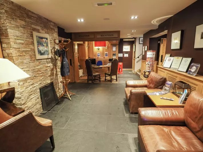 reception, the inn on Loch lomond, scotland itinerary