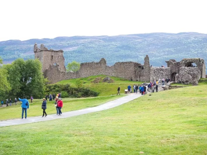 urquhart castle, scotland itinerary, road trip