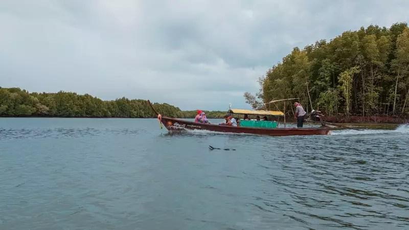 koh klang thailand boat seaside water