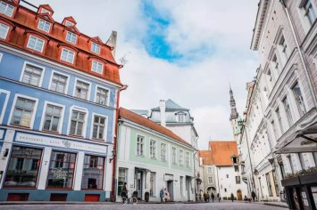 Town Hall Square (Raekoja Plats) shop, Things to do in Tallinn, Estonia