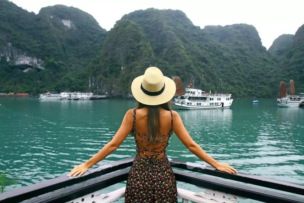 Dragon descending to the sea, 15-Day Vietnam-Cambodia Itinerary 5