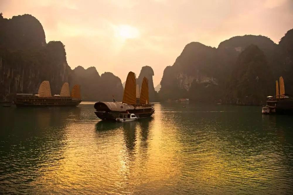 sunset at Halong Bay, 15-Day Vietnam-Cambodia Itinerary 6