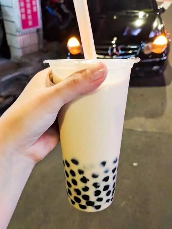 bubble-milk-tea, things to do in taipei taiwan