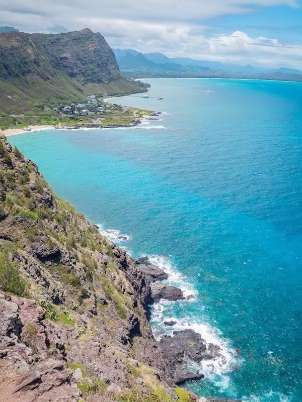 "Makapuʻu-Lookout-Oahu-Hawaii ""genişlik ="" 600 ""yükseklik ="" 800 ""srcset ="" https://i0.wp.com/www.belaroundtheworld.com/wp-content/uploads/2019/10/Makapuʻu-Lookout -Oahu-Hawaii.jpg? W = 600 & ssl = 1 600w, https://i0.wp.com/www.belaroundtheworld.com/wp-content/uploads/2019/10/Makapuʻu-Lookout-Oahu-Hawaii.jpg? yeniden boyutlandır = 225% 2C300 & ssl = 1 225w ""veri tembel boyutları ="" (maks. genişlik: 600 piksel) 100vw, 600 piksel ""veri geri dönüşümü-dims ="" 1 ""src ="" https://i0.wp.com/www .belaroundtheworld.com / wp-content / yükleme / 2019/10 / Makapu'u-Manzara Oahu'nun-Hawaii.jpg? boyutlandırma =% 600 2C800 ve sSL = 1"" /><noscript><img class="
