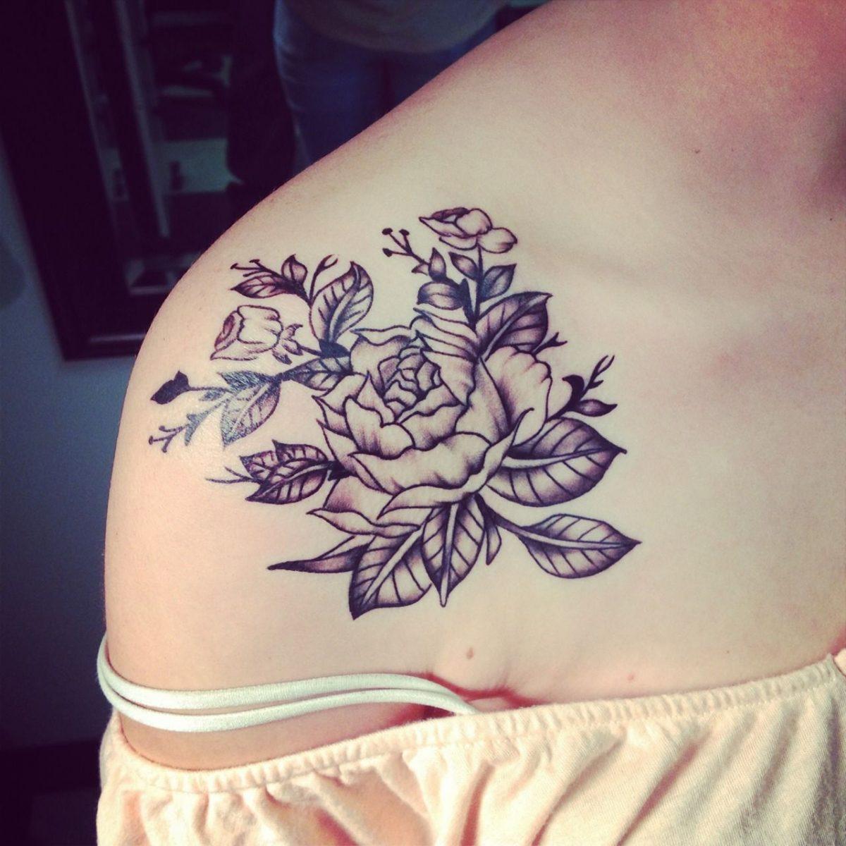Resultado de imagem para inspiração tatuagem feminina