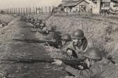 Şefket Günaydın: 'Dükkânımı Kore Savaşı anılarımı topladığım müzeye dönüştürdüm'