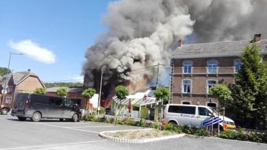 صورة شاهد : لقي ثلاثة أشخاص حتفهم في حريق عنيف في دوربوي
