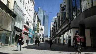 صورة الإجراءات الأمنية المعمول بها في شارع Neuve التجاري ببروكسل