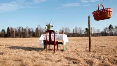 """صورة افتتاح """"أصغر مطعم في العالم"""" في السويد"""