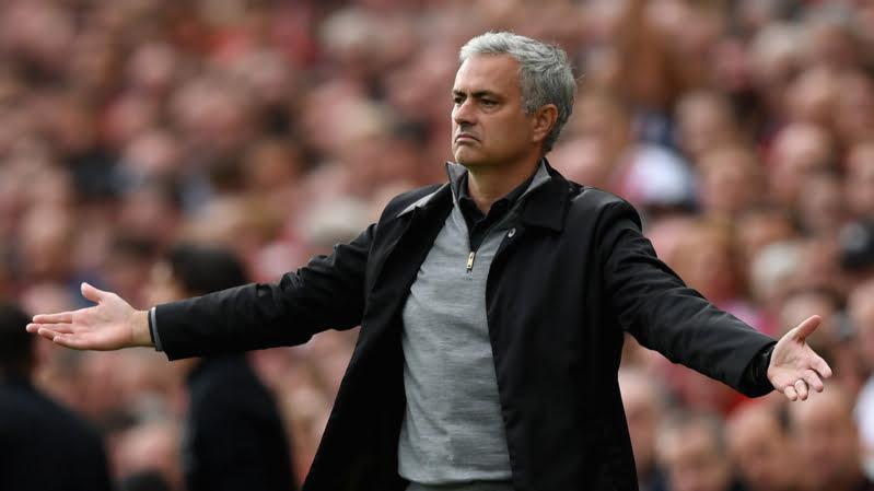 النجم المطلوب في ريال مدريد وبرشلونة يكشف حلمه باللعب لمانشستر يونايتد