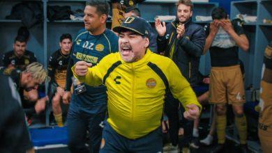 Photo of عاجل ورسمي.. مارادونا يرحل عن تدريب خيمناسيا الأرجنتيني بعد شهرين فقط