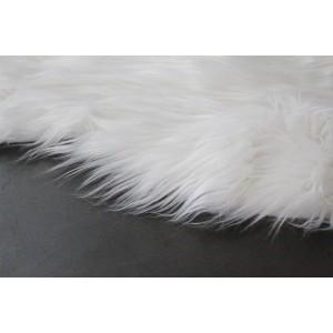 tapis fausse fourrure blanche skin