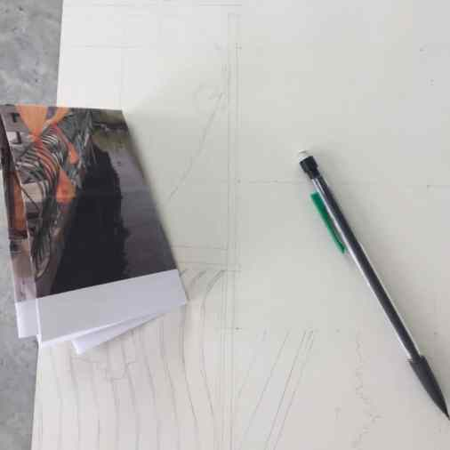 Using a grid method to draw from a photo