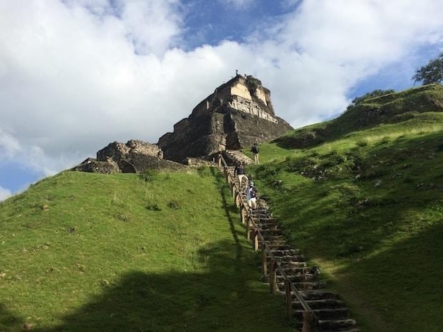 steps to el castillo