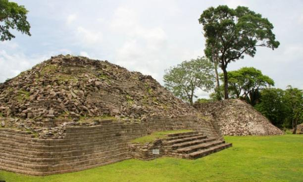 Lubaantun Mayan Ruins