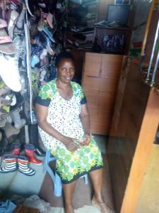 Margaret from Kenya, shoe sales entrepreneur