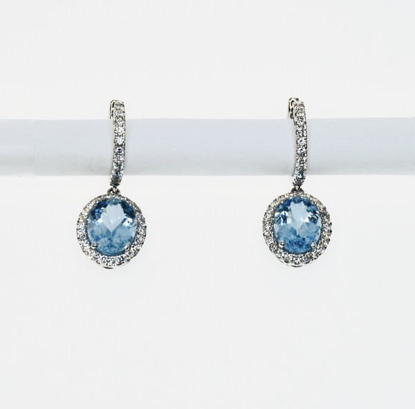 Gold Earrings With Diamonds and Aquamarine Gemstones