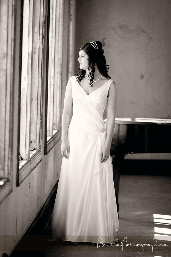 Jeanne s bridals beaumont texas wedding photographer for Wedding dresses beaumont tx