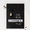 Zo blij met een meester als jij    Ansichtkaart + gelukspoppetje - Einde schooljaar cadeau - Cadeau meester - Cadeau voor de meester