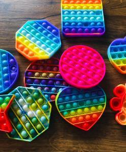 LUVIQ Pop It Fidget toy - Multi colour - Rage 2021 - Pop it - Speelgoed - Spelen - Poppen - Cadeau - Bella Kids