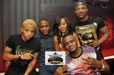 https://i0.wp.com/www.bellanaija.com/wp-content/uploads/2014/02/Iyanya-MMG-Group-Partying-At-The-Place-BellaNaija-February-2014-010.jpg?resize=400%2C265
