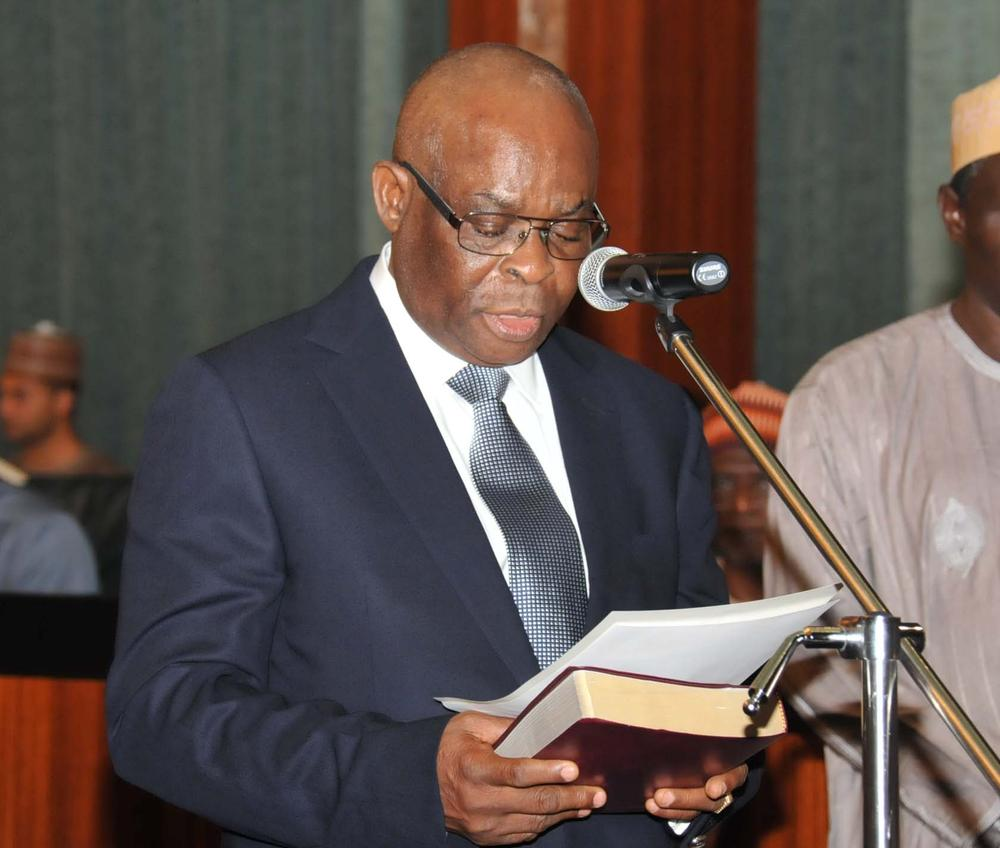 Onnoghen says he deserves an Apology from Federal Government - BellaNaija