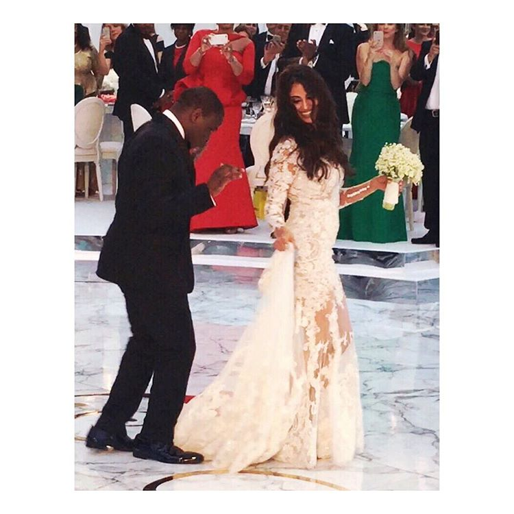 First Look Naza and Folarin Alakijas Wedding  Robin Thicke performed Jeff Leatham