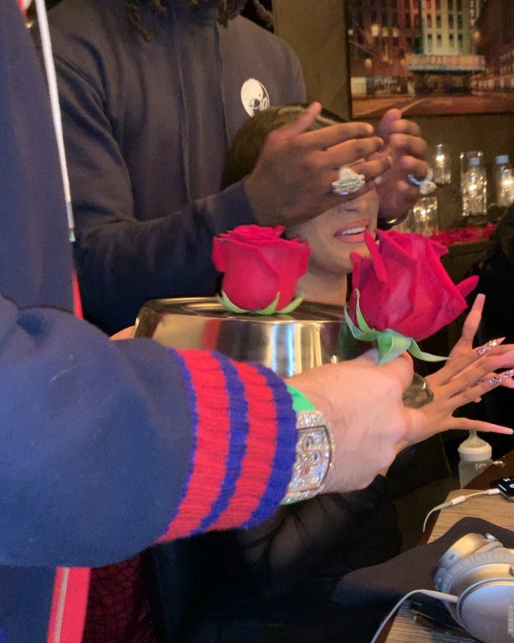 See the Large Diamond Ring Cardi B acquired from Offset for her 27th Birthday