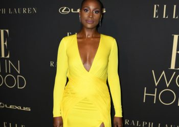 Noticed: Issa Rae, Zendaya, Mindy Kaling, Charlize Theron on the 2019 ELLE Girls In Hollywood Occasion