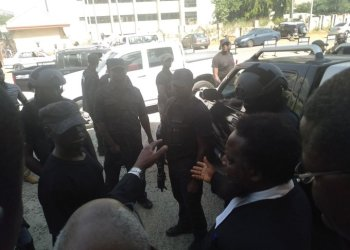 Replace: DSS Reportedly Rearrests Sowore After Court Standoff